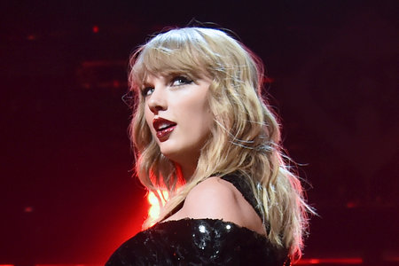This Superfood is One of Taylor Swift's Secrets