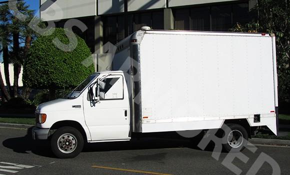 130---1998-Ford-E350-Truck-3