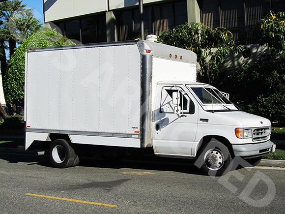 130---1998-Ford-E350-Truck