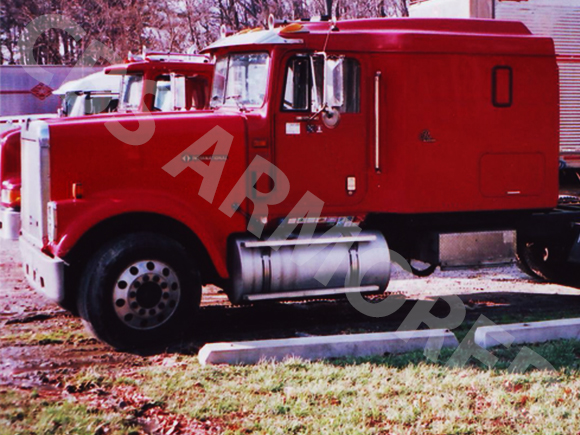 1996-Used-International-Armored-Tractor-2