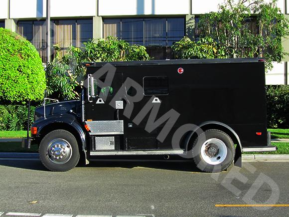 284---1999-International-4700-Truck-3