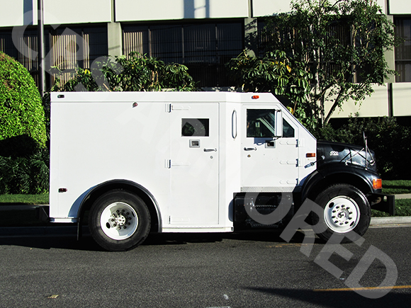 288---1998-International-4700-Used-Armored-Truck-4