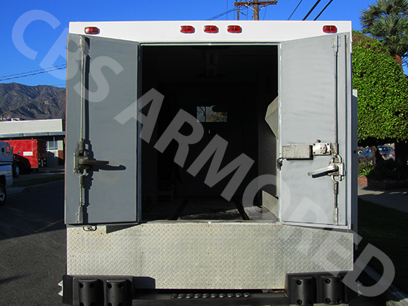288---1998-International-4700-Used-Armored-Truck-6