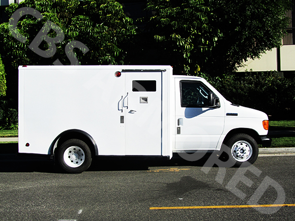 807---2007-Ford-E350-Y-Van-3