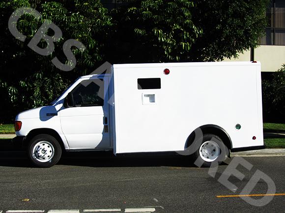807---2007-Ford-E350-Y-Van-4