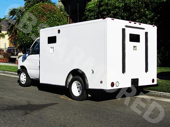 807---2007-Ford-E350-Y-Van-5