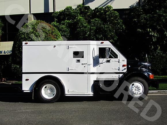283---1998-International-4700-DT466-Truck-2