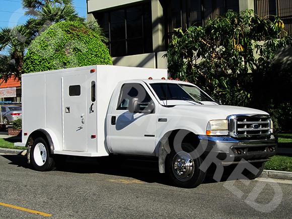 323---2001-Ford-F450-Truck