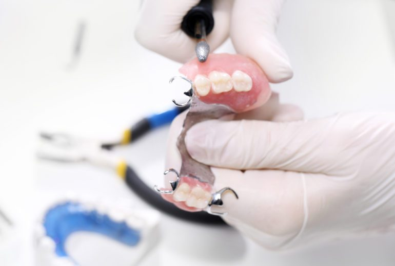 What are the benefits of dentures in Stuart FL?