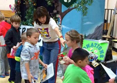 Enviroment-Fun-Kids-Show-Tricia-and-The-Toonies-in-Minneapolis,-mn