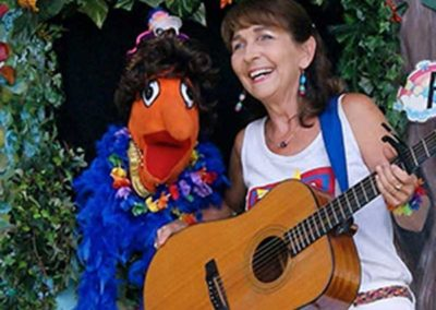 Tricia-&-Mabel-The-Toonies-Live-Puppet-Show-Minneapolis,-MN
