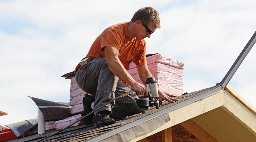What Size Dumpster Should a Siding or Roofing Contractor Reserve?