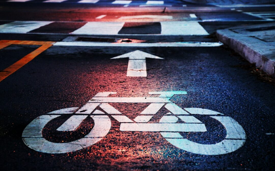 Cyclist Safety Risks with Bicycle Accidents on Dangerous Shared Lanes