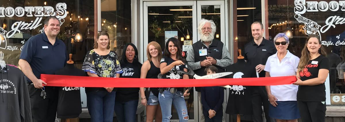 Shooters Grill Ribbon Cutting