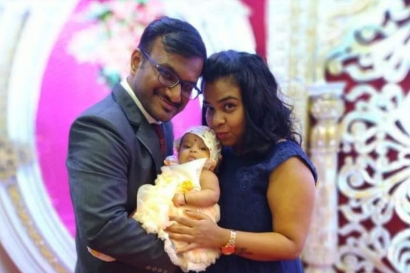Client Sarika & Yashodhan with their Baby
