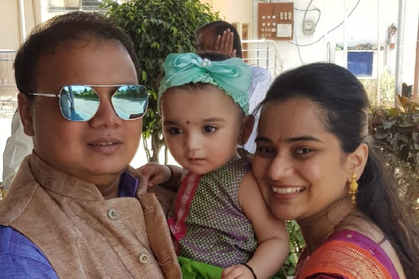 Client Pratiksha & Anirudha with their Baby