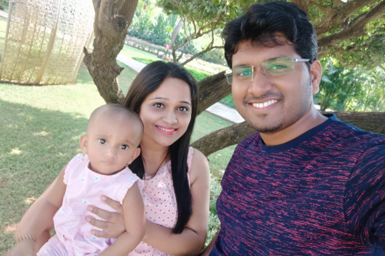 Client Sheetal & Swapnil with their Baby