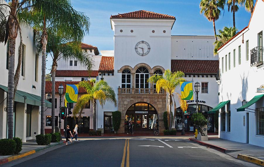 Photo of downtown Santa Barbara