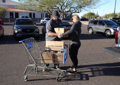 2CsCoolingHeating-Blog-Community-Food-Drive-0638