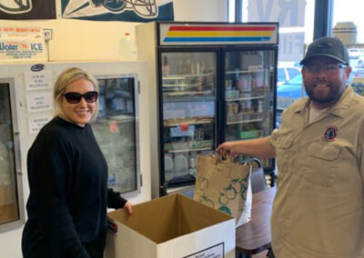 2CsCoolingHeating-Blog-Community-Food-Drive-0759