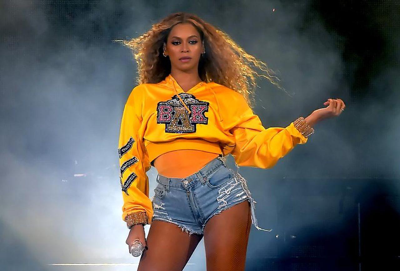 Beyonce says NO to Reebok