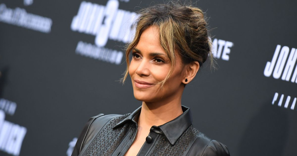 Halle Berry Recalls Celebrated Oscar Win as 'One of My Biggest Heartbreaks'