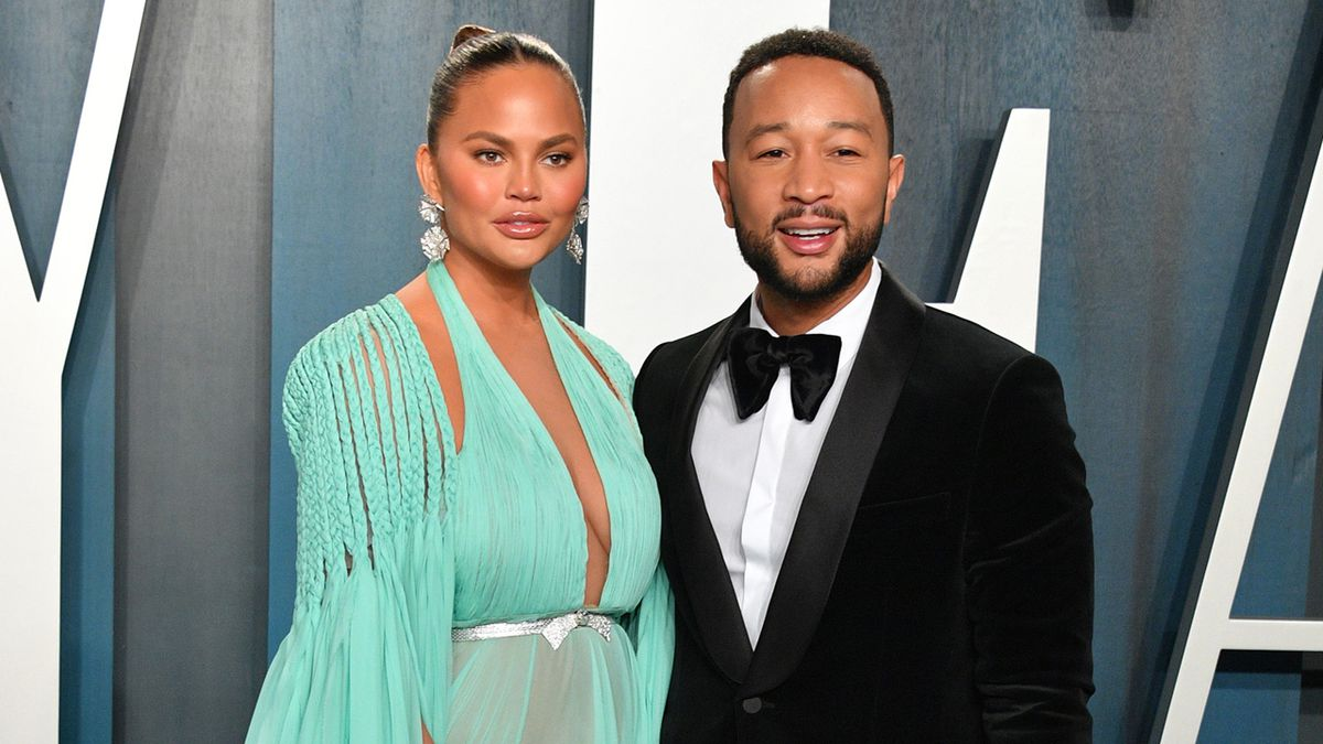 Chrissy Teigen and John Legend Announce Pregnancy Loss