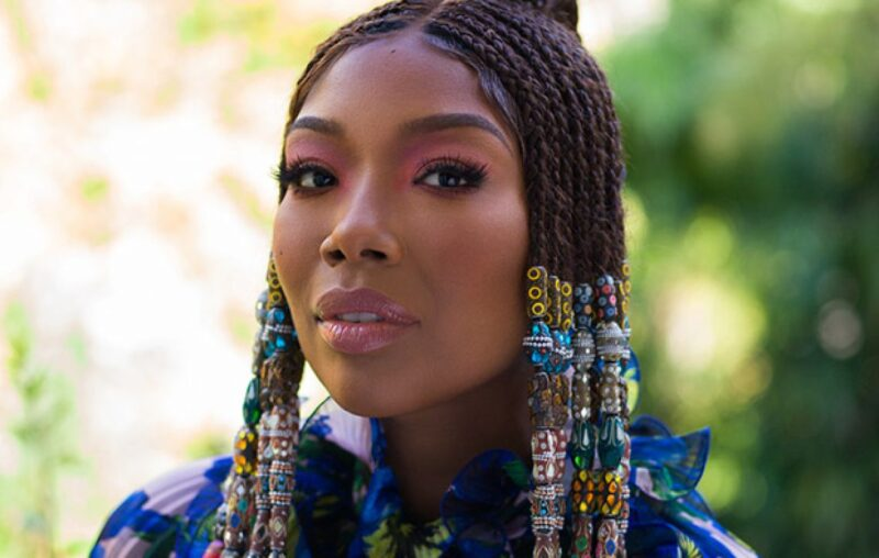 """Brandy Shows Off Rap Skills In Remix of """"I Wanna Be Down"""""""