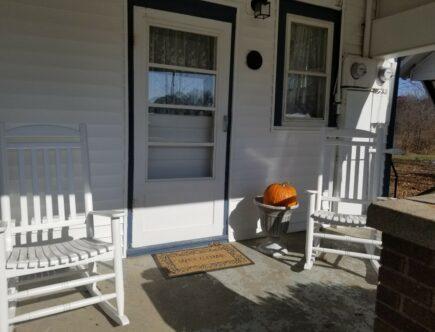 side porch rockers only w pumkin