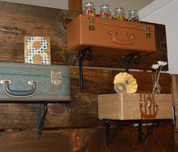 suitcaseshelf