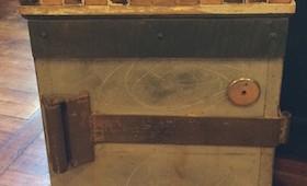 Repurposed Side Table/Cooler