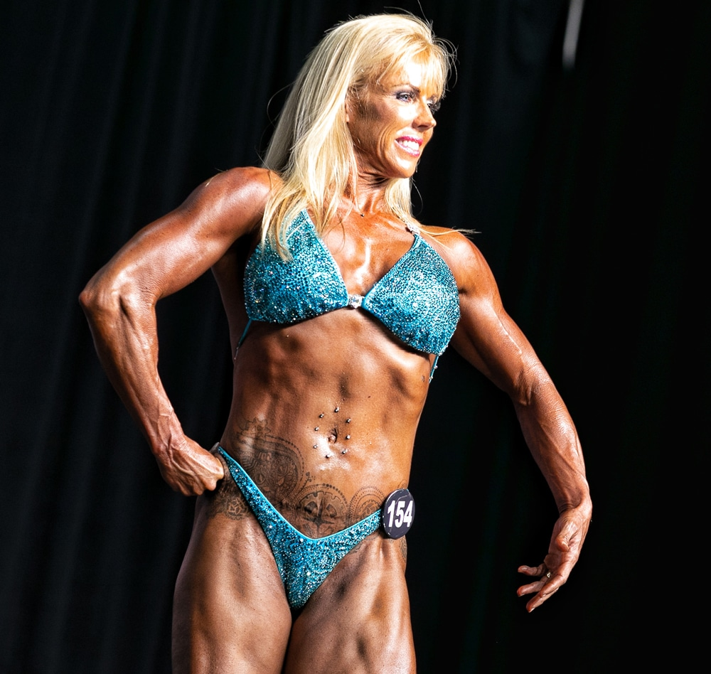 featured-dr.-julia-ward-bodybuilding-on-stage-image