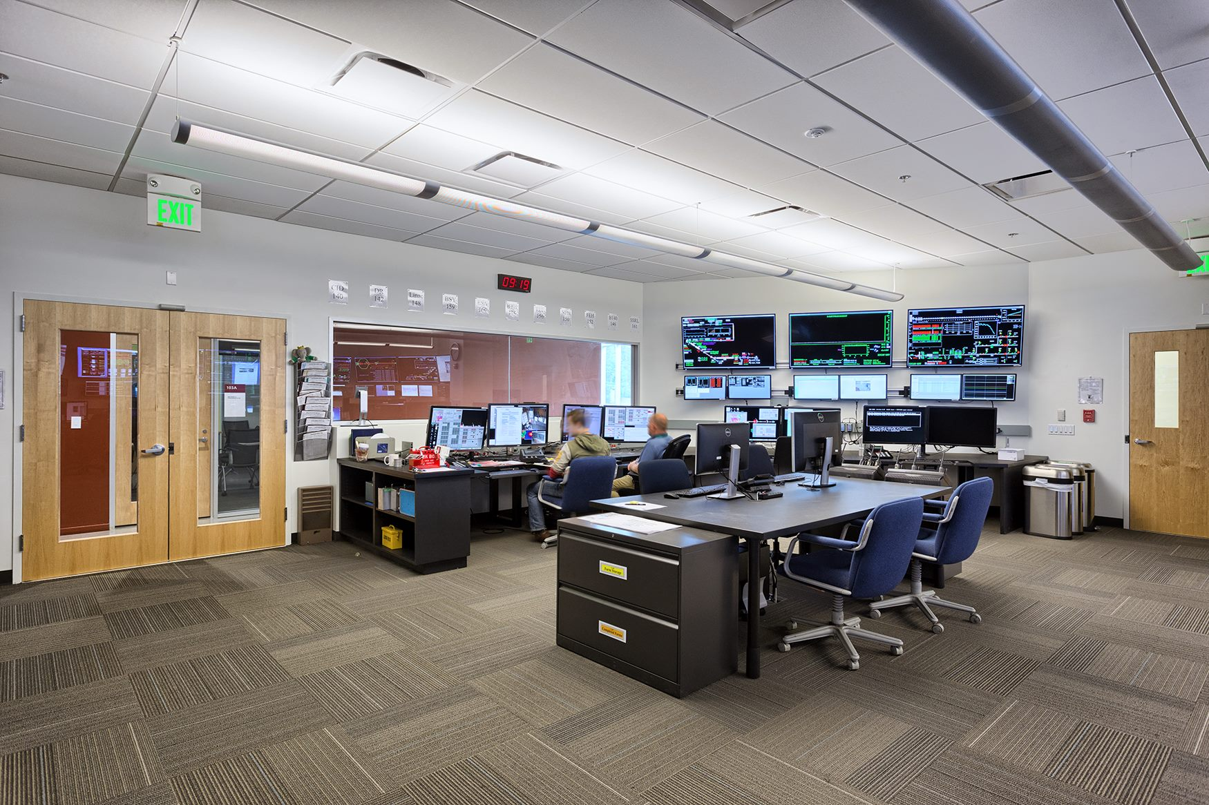 SLAC Building 52 Control and Network Room