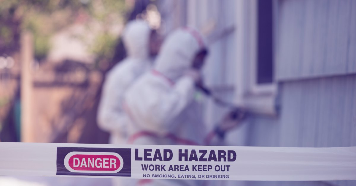 Asbestos Contamination Tips: 3 Things You Should Do Immediately After Discovery
