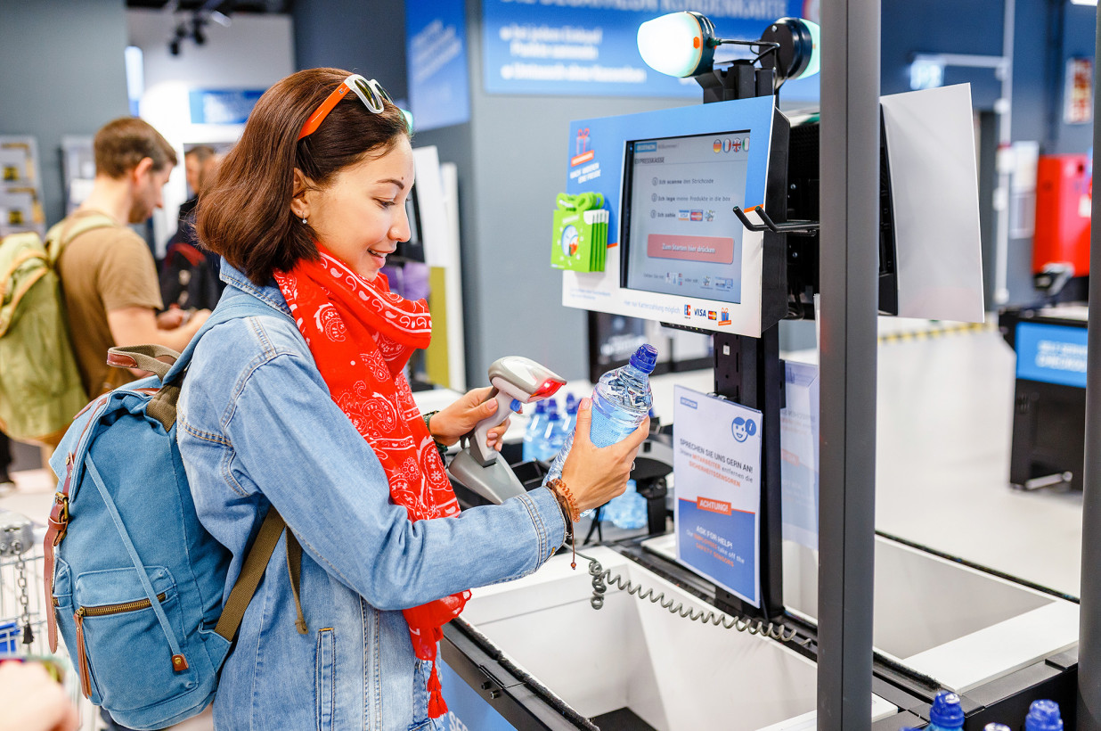 Is Contactless Shopping the Wave of the Future in C-stores?