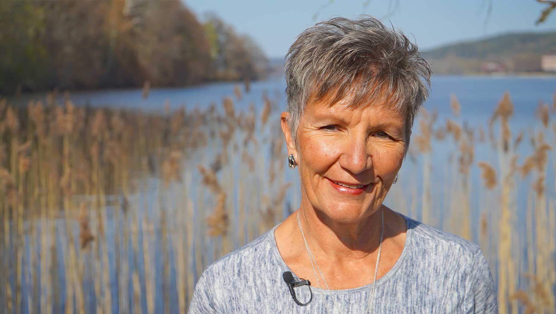 Debra Laughlin