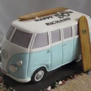 VW camper/ surfboard cake