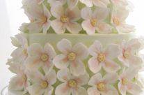 Spring dogwoods wedding cake