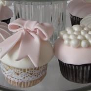 pink pearls cupcake