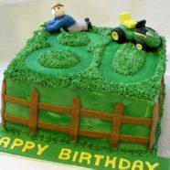80th birthday cake in Muskoka