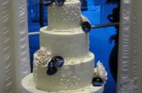 Purple cala lilies Wedding cake in Muskoka
