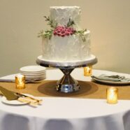 Muskoka winter wedding cake