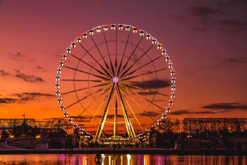 Ferris Wheel Inventor