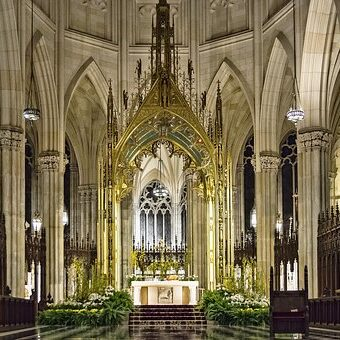st-patricks-cathedral-3412623__340[1]