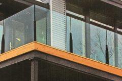 newstyle-glass-rail