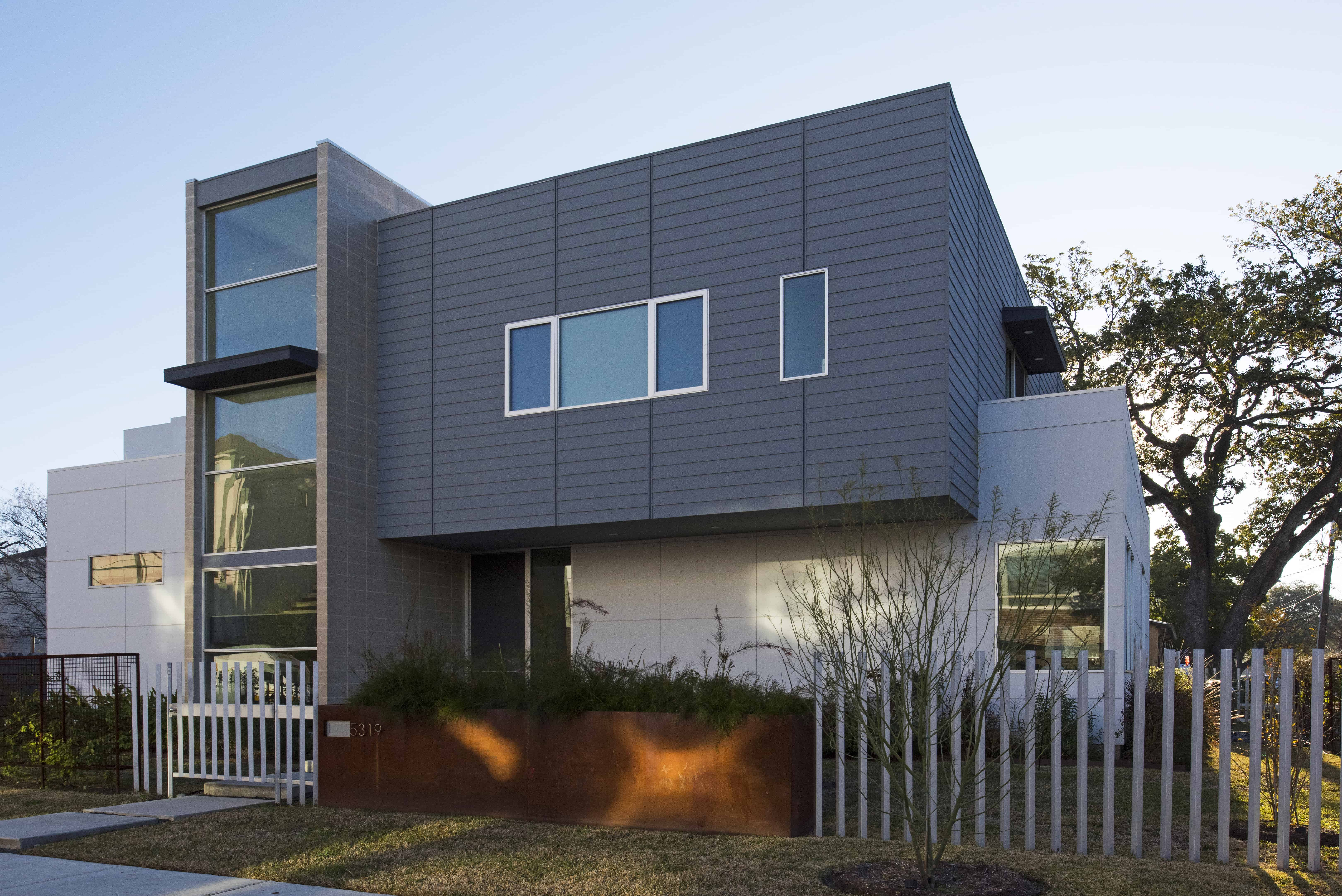 Houston modern home with stair tower