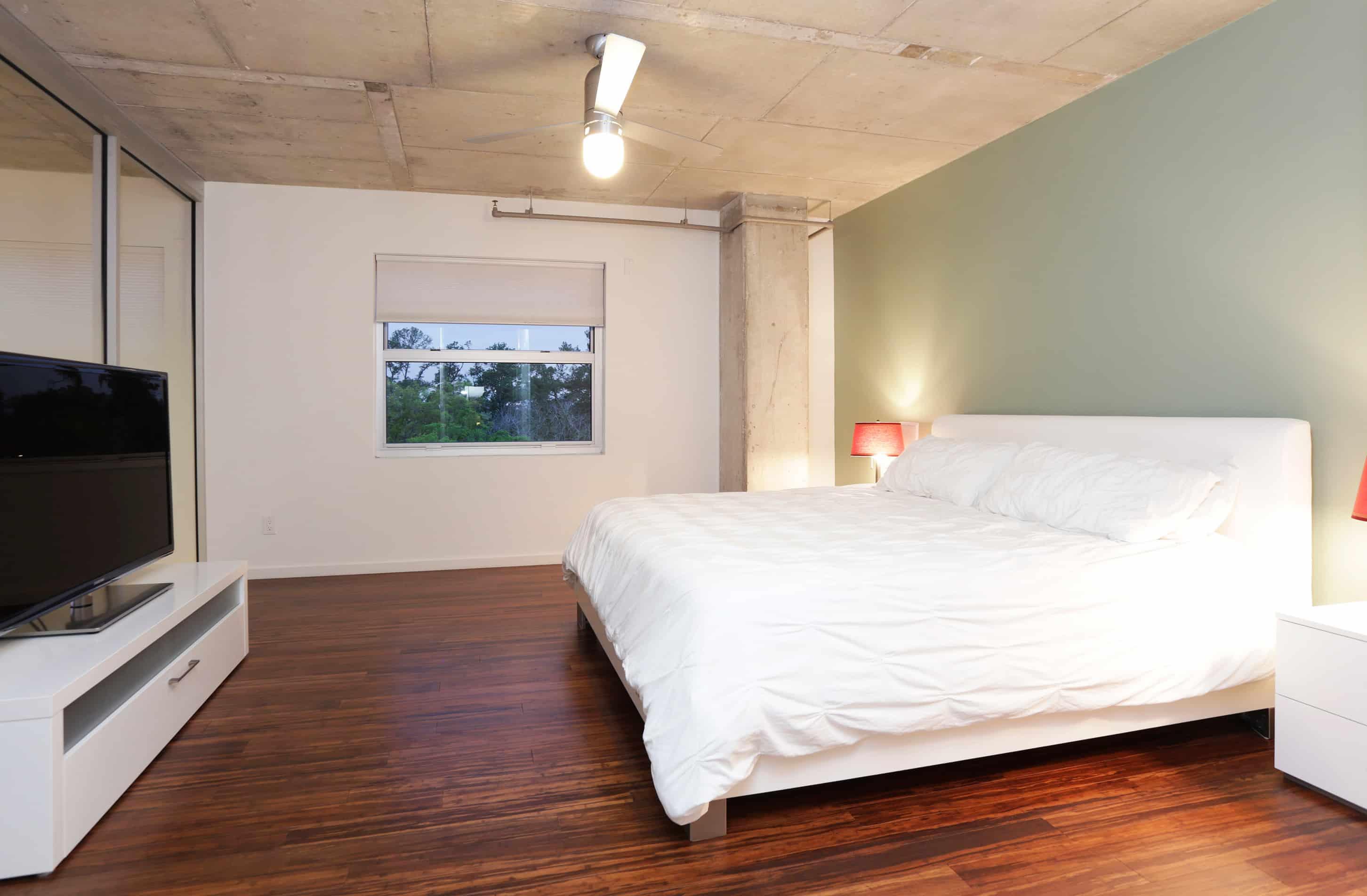 Memorial Luxury Loft bedroom