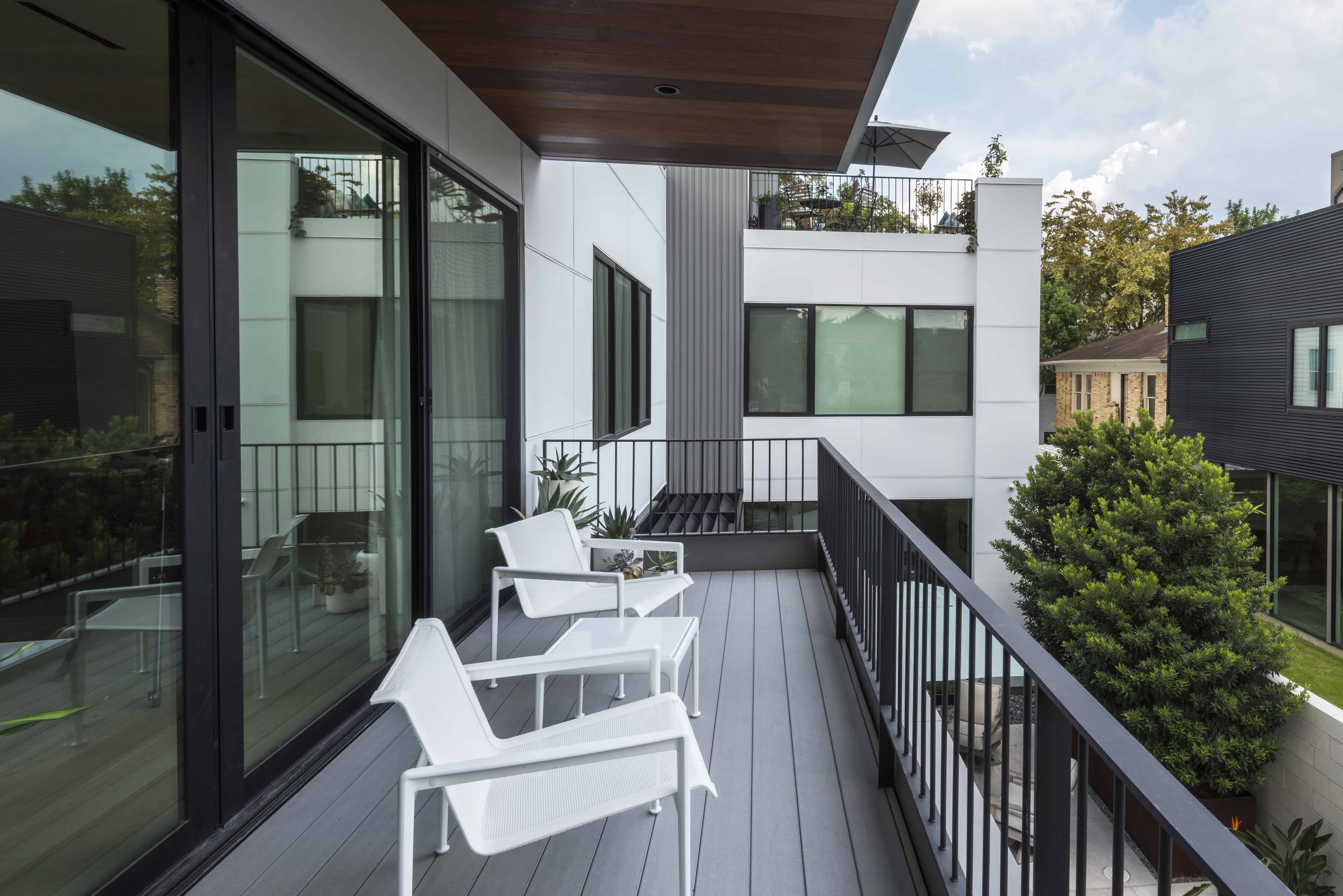 Master Deck Terrace