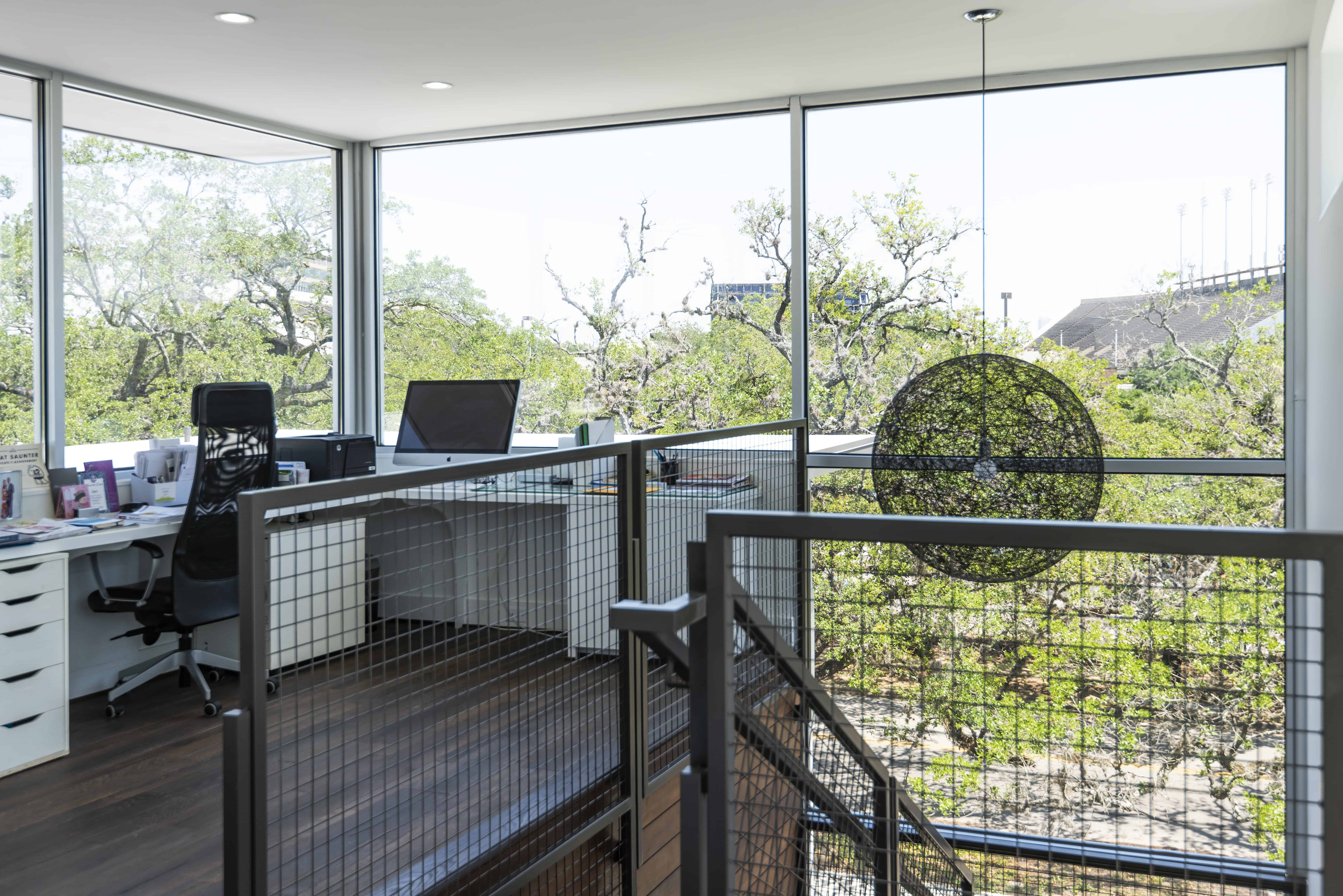 , A Tree House for A Houston Family, Intexure Architects