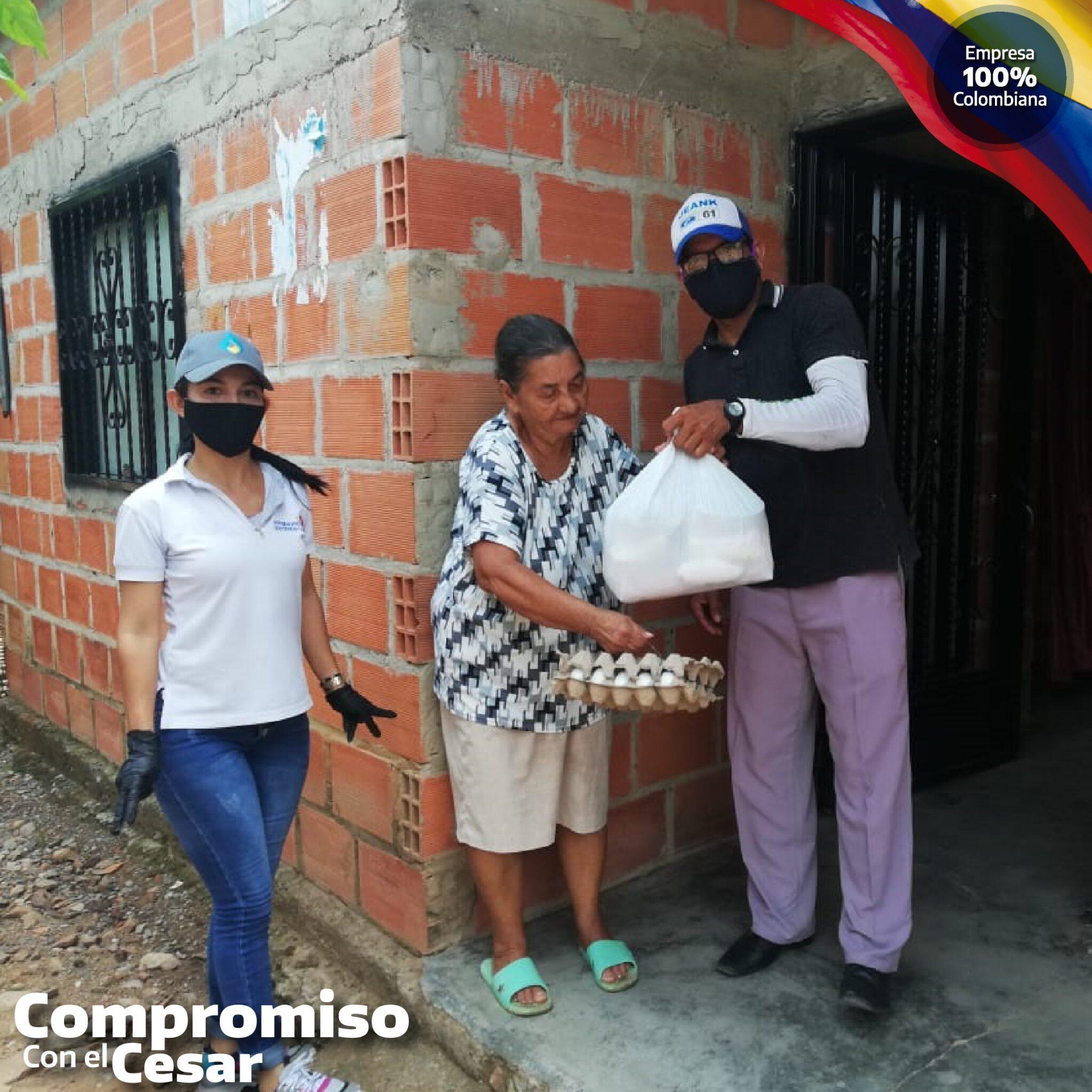En La Gloria, Cesar, realizamos donaciones de mercados a nuestros colaboradores y familias vulnerables cercanas a nuestras estaciones Besote y La Universal.